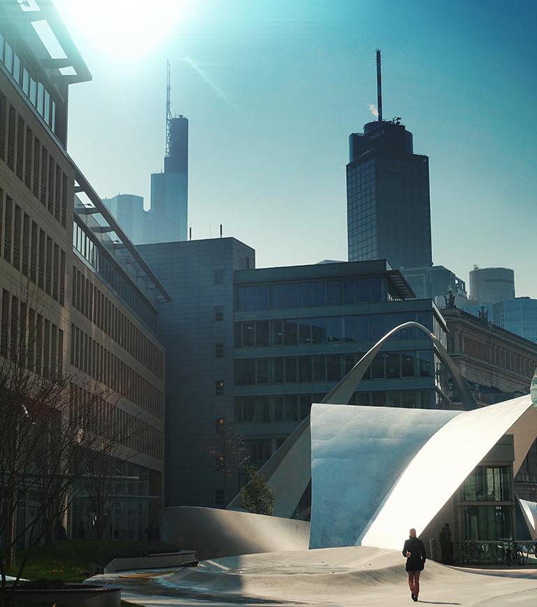 Die Welle Frankfurt (eh. Ameron) Luxus Serviced Apartments in Frankfurt nähe City und Alte Oper mit 24-Stunden-Concierge-Service: Full-Service Hotel