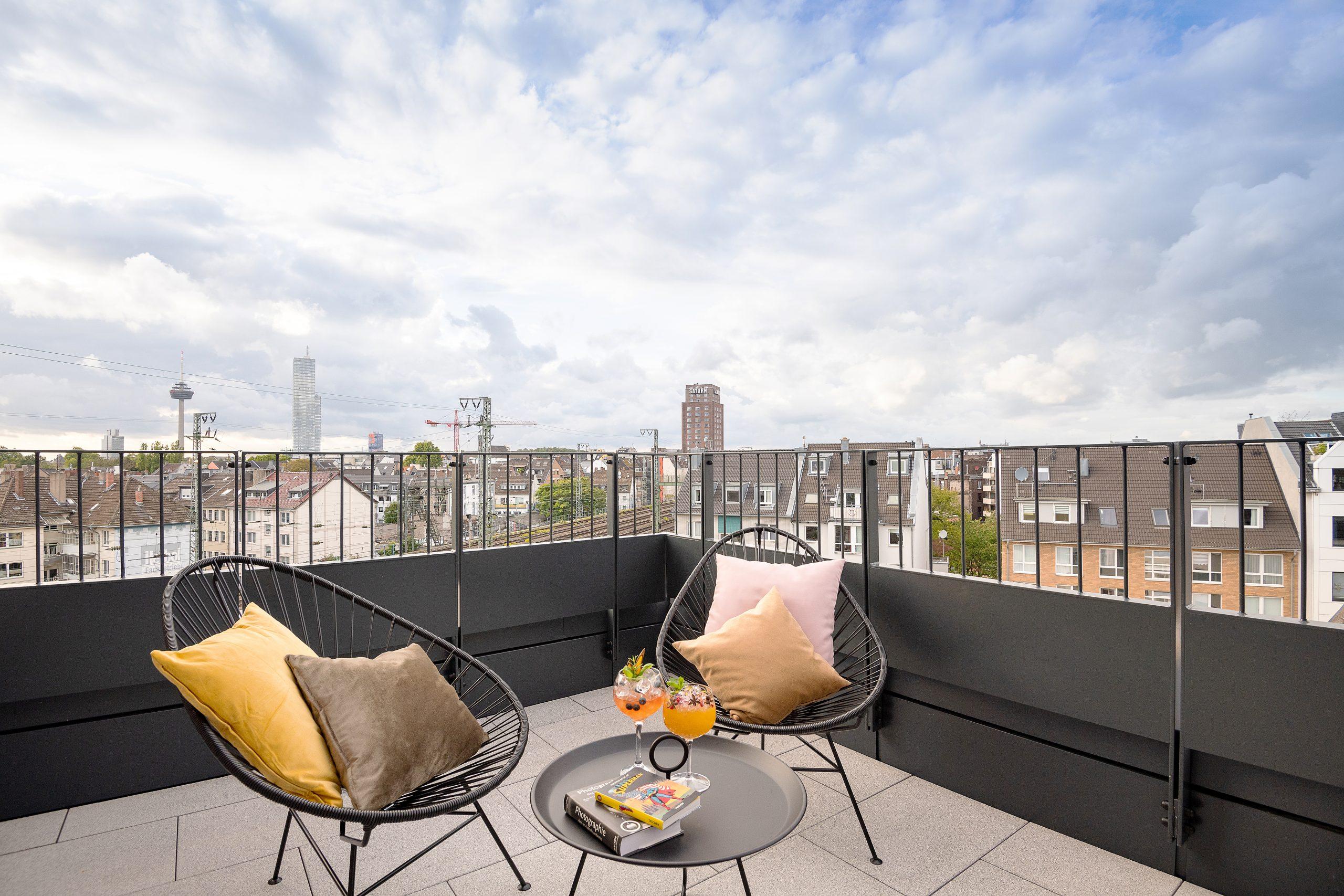 Köln Terrace 6